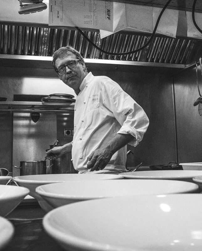 Bend Knöller, Restaurante, Michelin, Gourmet, Valencia, España, Bernd H. Knöller, Restaurant, Fine Dining, Michelin Star, Spain, Chef, Creative Cuisine, Alta Gastronomia, Gastronomy, RESTAURANTE RIFF A MICHELIN-STARRED RESTAURANT IN VALENCIA (SPAIN), RESTAURANTE RIFF UN RESTAURANTE DE ESTRELLA MICHELIN EN VALENCIA (ESPAÑA)